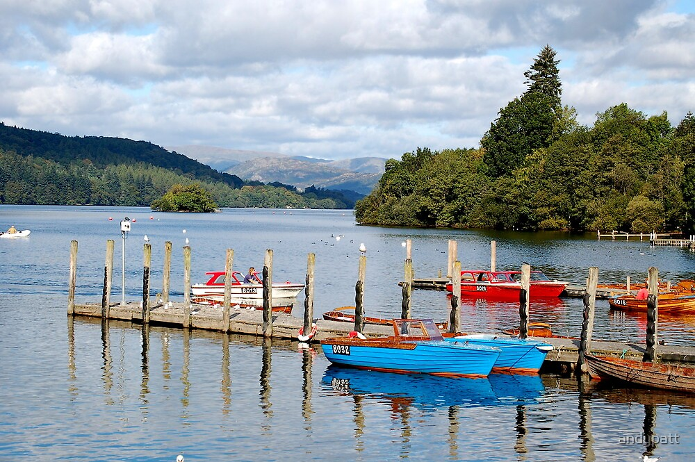 Lake Windemere England  by andypatt