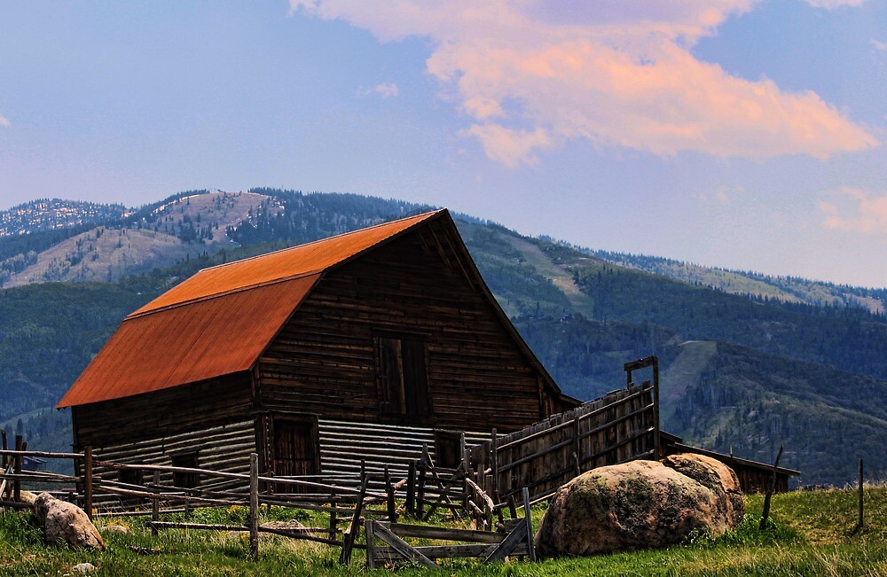 The Steamboat barn by B.L. Thorvilson