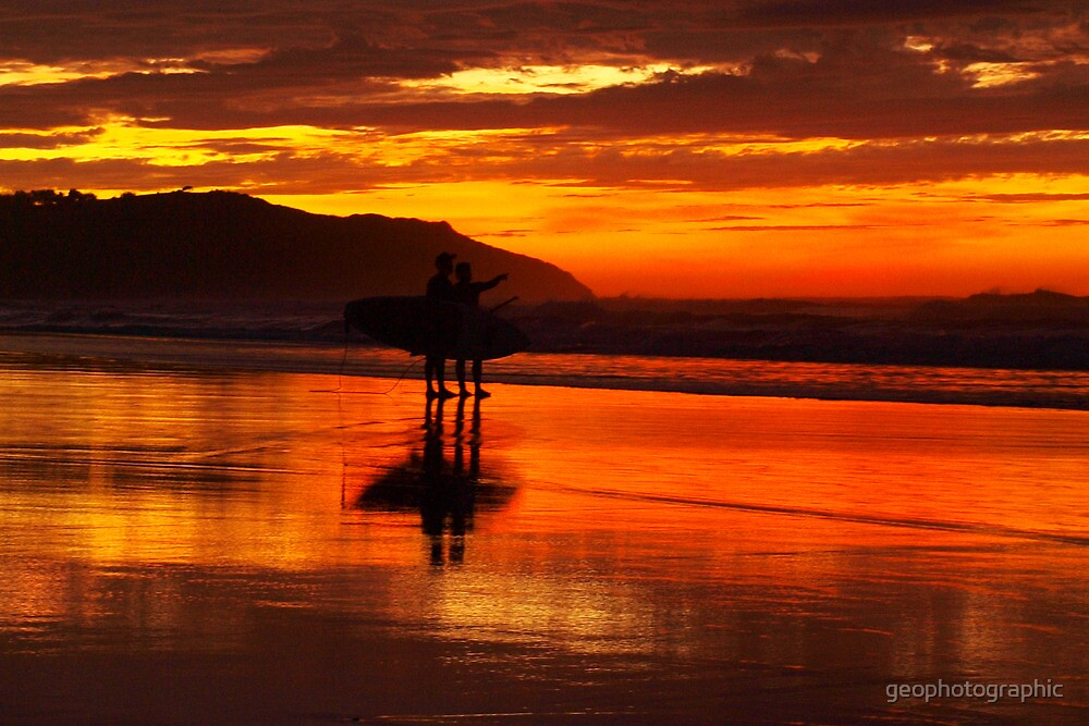 Paddleboarders by geophotographic