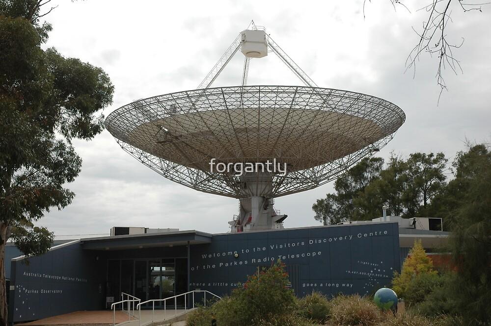 Parkes Radio Telescope 2006 by forgantly