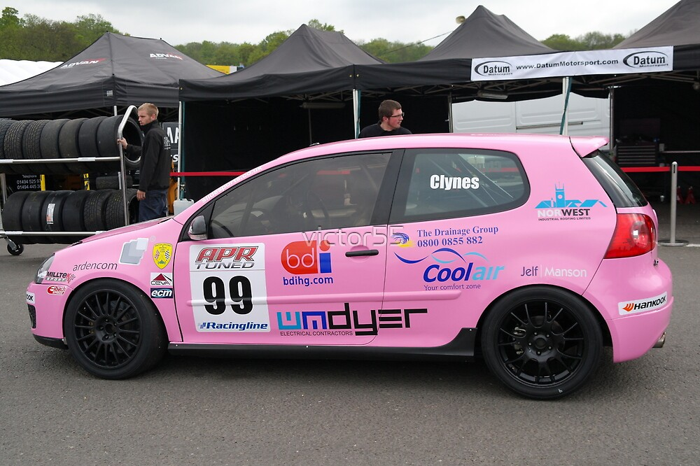 volkswagon Racing Cup Brands Hatch 2012 by victor55