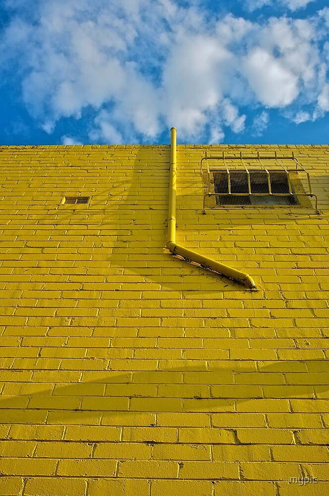 Mellow Yellow- brick wall by mypic