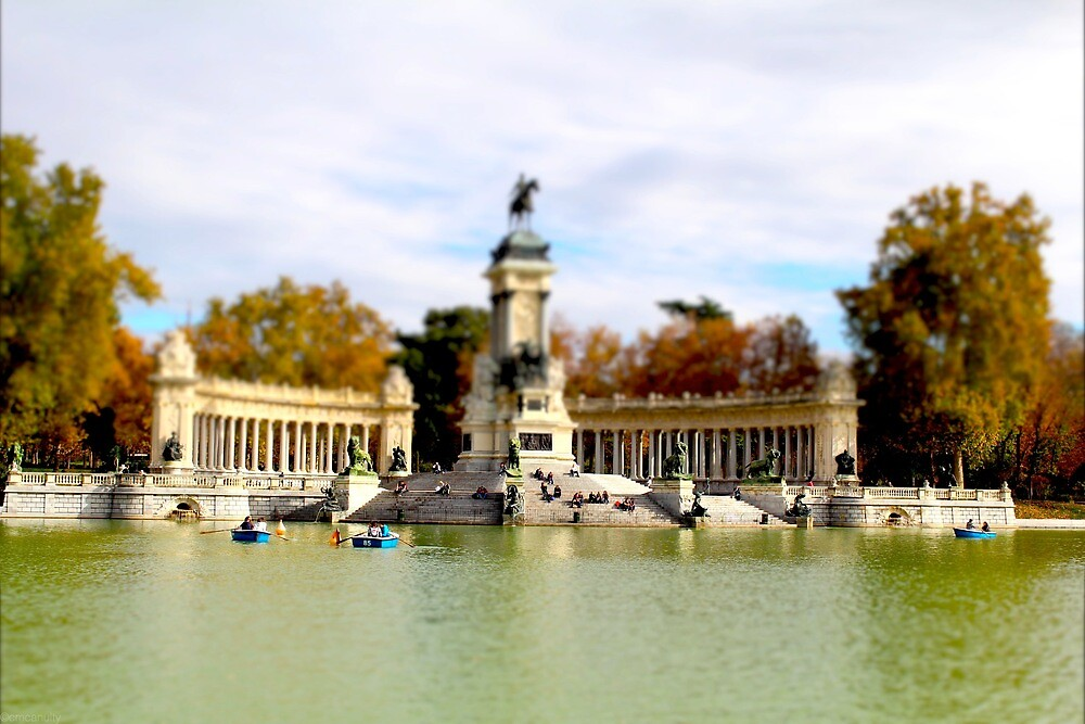 Retiro Park Madrid by Charlie McAnulty