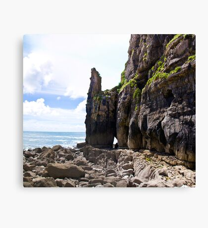 St Govans bay Canvas Print