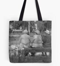 Babuski Govoryat Po-Russki Tote Bag