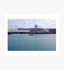 SOUTHAMTON DOCKS. MV AURORA. P&O CRUISES. Art Print