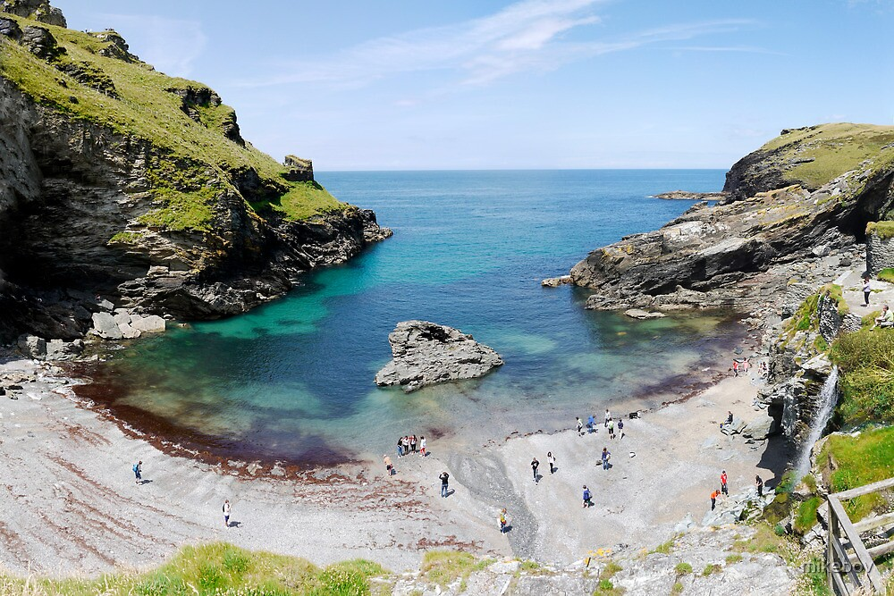 Tintagel Beach by mikebov