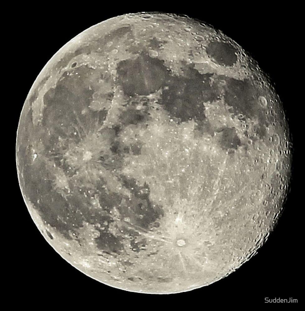 Luna by SuddenJim