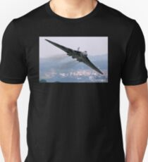 Avro Vulcan - Dawlish Air Show 2015 Unisex T-Shirt