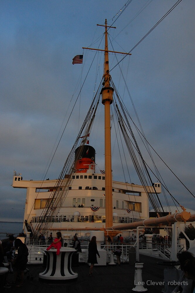 Fourth of July on the Queen Mary by Lee roberts
