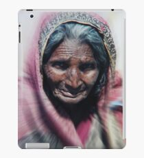 Aged beauty zoom burst iPad Case/Skin
