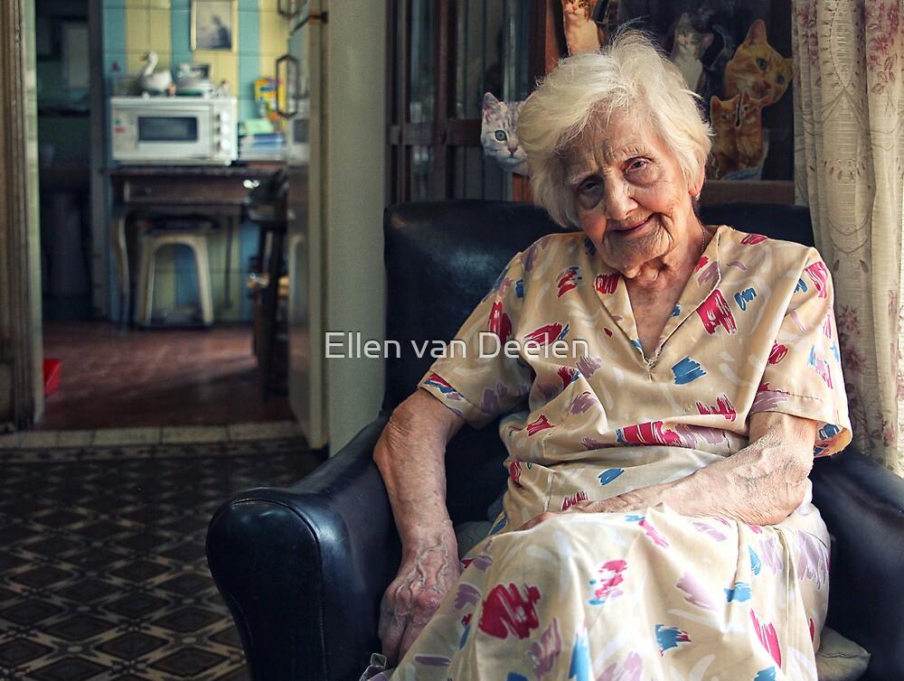 Mary by Ellen van Deelen