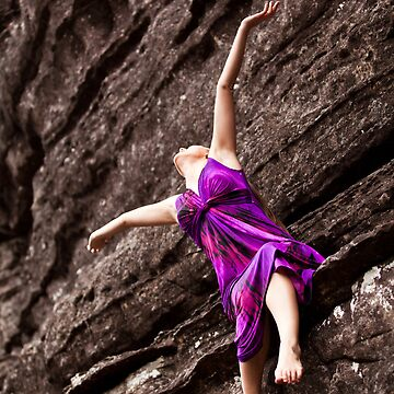Purple dress sitting on the edge by HoaK