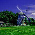 Jamestown Windmill by OntheroadImage