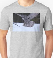 Great Grey Owl About to Land T-Shirt
