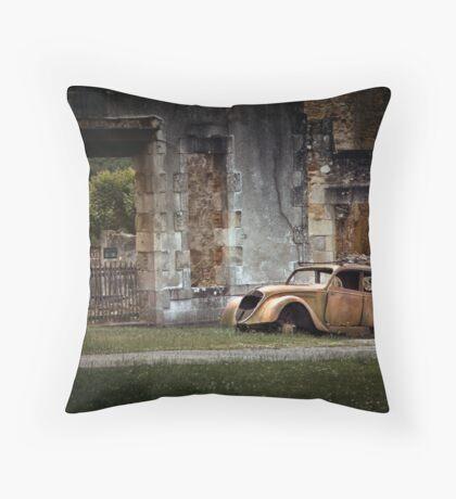 Oradour-sur-Glane Throw Pillow