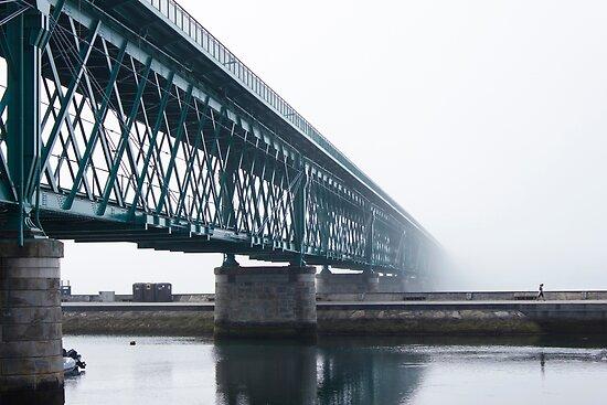 Misty bridge by João Figueiredo
