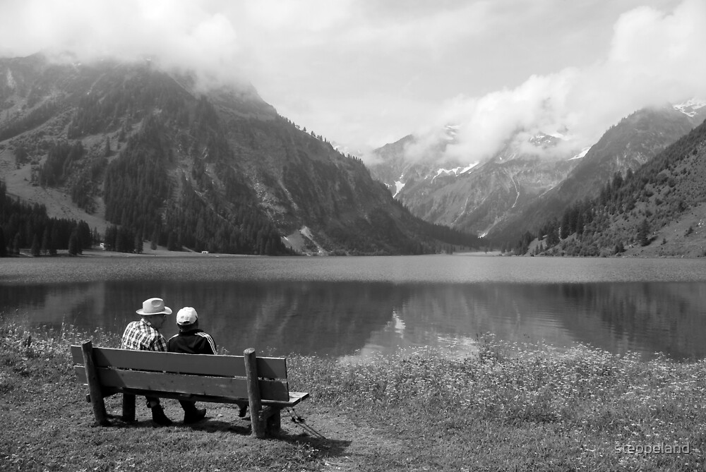 Conversation on a bench by steppeland