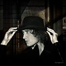 portrait Ruben with hat by annacuypers