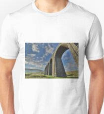 Yorkshire: The Ribblehead Arches Unisex T-Shirt