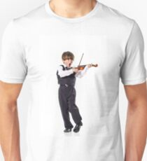 Red-haired preschooler boy with violin, music education T-Shirt