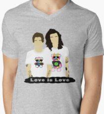 Larry 3 Men's V-Neck T-Shirt