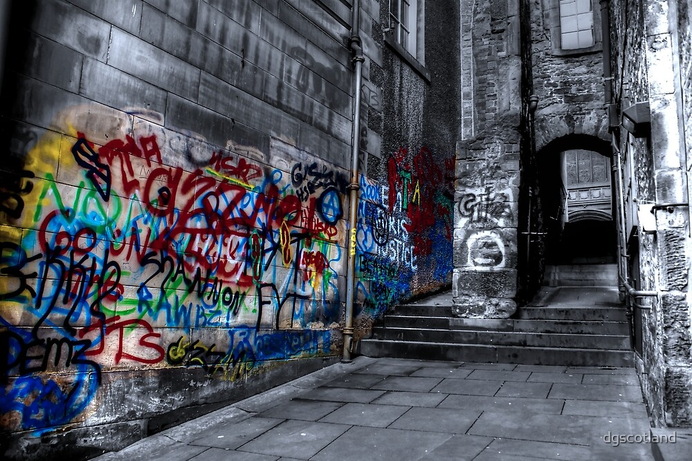 Tag Alley by dgscotland