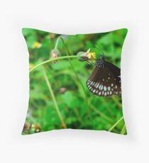 Common crow Throw Pillow