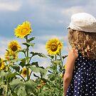 Little Miss Sunshine by laruecherie