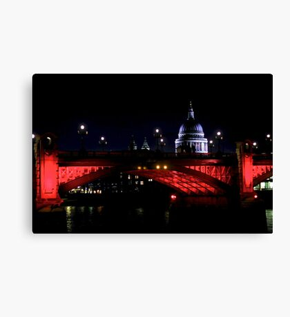 London at night - Red Canvas Print