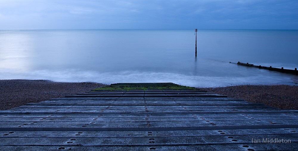 Dawn at Kingsdown by Ian Middleton