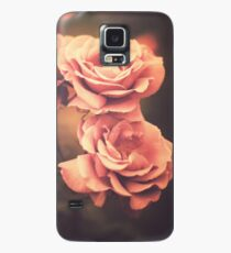 Three Pink Roses (Vintage Flower Photography) Case/Skin for Samsung Galaxy
