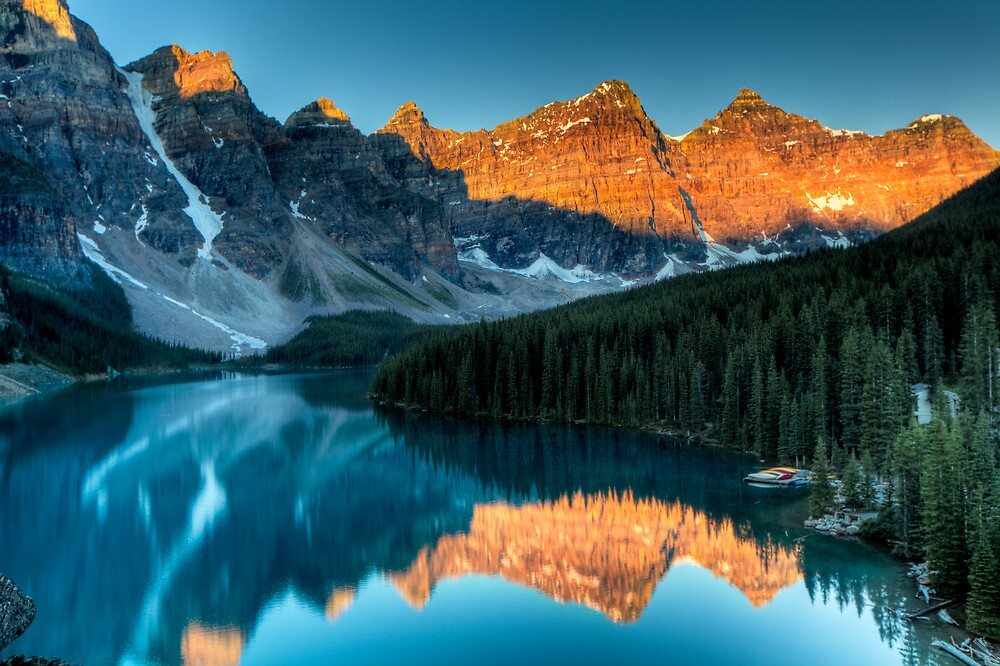 Moraine Lake in the sunrise light by Andrey Popov