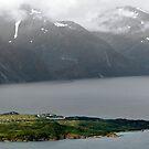 Årøya i Lyngenfjorden by Algot Kristoffer Peterson