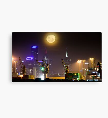 Moonrise over Melbourne Canvas Print