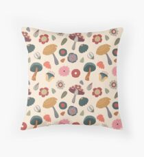Woodland Floral Seamless Pattern Throw Pillow