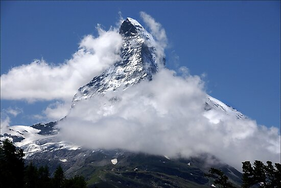 Majestic Mountain by AnnieSnel