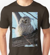 Adorable Barred Owl With Prey T-Shirt