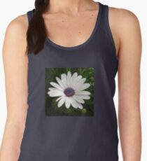 Beautiful Osteospermum White Daisy With Purple Center  Women's Tank Top