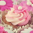 Cupcakes by Debbie-Stanger