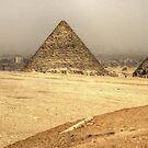 Menkaure's Pyramid by Tom Gomez
