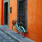 old bike in centro by ezdrifter