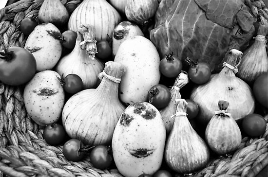 THERE IS A FUNNY FACE POTATO THERE!!! Food in B&W  by Beatrice Cupido