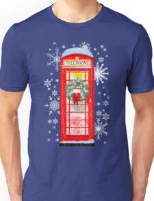 British Red Telephone Box In Falling Christmas Snow Unisex T-Shirt