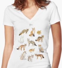 Foxes Women's Fitted V-Neck T-Shirt