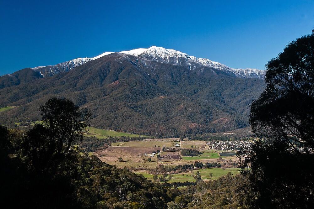 Mt Bogong by Hedoff
