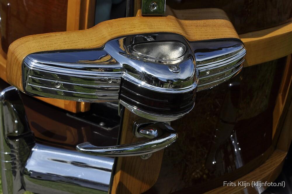 Chrysler Town & Country Barrel-Back Woody (1941) by Frits Klijn (klijnfoto.nl)