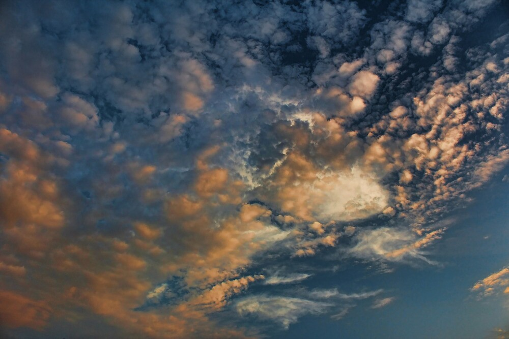 Cloud 20120825-22 by Carolyn  Fletcher