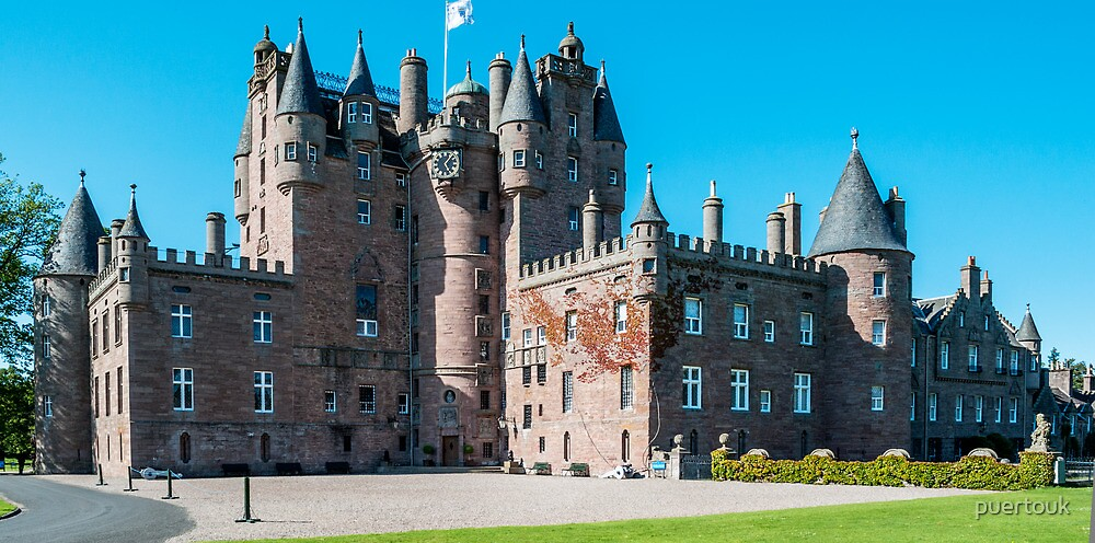 Glamis Castle by puertouk