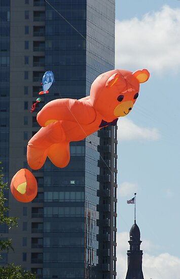 Flying Bear Watches Over City of Milwaukee by Thomas Murphy
